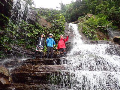 翌日はゲータの滝でトレッキング。今回はてっぺんまで行きます!